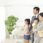 赤ちゃんにテレビを見せる。賛否両論の訳は?子どもにもたらす影響と親がすべきこと