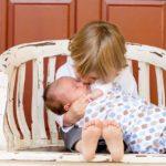 これで我が子は即寝るようになった!新生児を寝かしつけるコツと、ママの心得