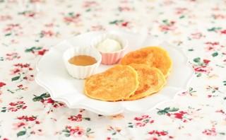 【離乳食・10ヶ月頃から】手が汚れない、10分で出来る手づかみパンケーキ