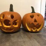 ハロウィンの大きなかぼちゃをカービングしました。